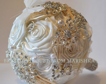 Brooch wedding bouquet