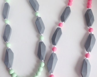 Sale!! Silicone Teething Necklace, Silicone Beads Nursing Necklace, Mommy Necklace, Silicone Beaded Necklace, Silicone Teething Necklace