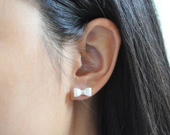 Sterling Silver Matte Silver Bow Earring, Sterling Silver Earrings, Cute Jewelry, Bow Earrings, Pretty Earrings, Silver Earrings