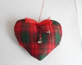 Tartan Christmas Heart
