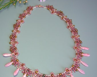 Kit & Tutorial - Ancient Rose necklace - SuperDuo and Daggers