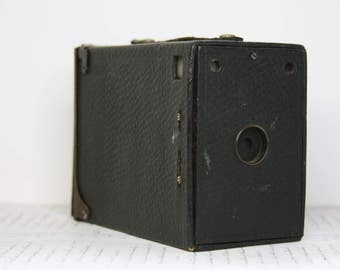 Vintage Box CAMERA- Photography Equipment- Industrial Design- Antique Camera- Vintage Decor- Photo Prop- H19