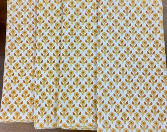 4 Orange and Yellow Floral Vintage Napkins, Mid Century, Vintage Linen, 1960s, 1970s, Maybe Homemade