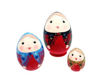 Russian Nesting Dolls Egg shape 3 pcs, handmade and hand painted matryoshka babushka matte colors