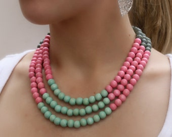 spring necklace / pink and mint green / colorful necklace / statement necklace / wood bead necklace / beaded necklace / pastel necklace