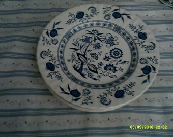 Famous Blue Danube Flat 10 1/2 Inch.D. Plates