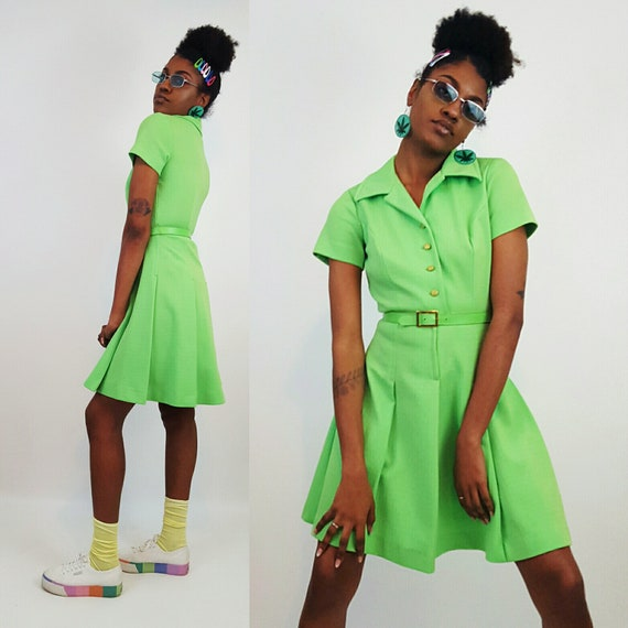 60s 70s Vintage Bright Green Short Sleeve Dress Small - Vtg Women's 1960's 1970's Minidress - Retro Belted Collared Pleated Pastel Sundress