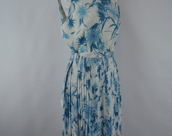 1950s Floral Dress, 1950s dress, vintage dress, summer dress, vintage floral dress, 1950, 1950s Pinup Dress, Blue, Rockabilly Dress, Dress