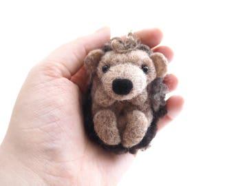 Hedgehog keyring, cute hedgehog, needle felted, felt animal, keychain, bag charm, gift idea, birthday gift, best friend gift, animal lover.