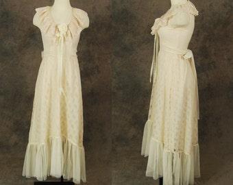 Clearance SALE vintage 70s Wedding Dress - Ivory Lace Maxi Dress 1970s Boho Wedding Gown Sz S