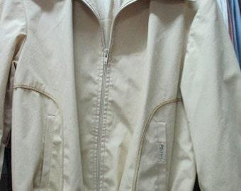 Giubbotto beige anni 70. Bordo e polsini di maglia.Tg 48/70s beige blazer/Big collar/Jersey bottom and cuffs/Cotton and polyester/Size M