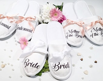 Personalised wedding slippers, Bridesmaid slippers, Bride slippers, wedding slippers. ***Discount for multi orders , message us to enquire *
