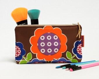 Retro zipper pouch - 70s makeup bag - pencil case