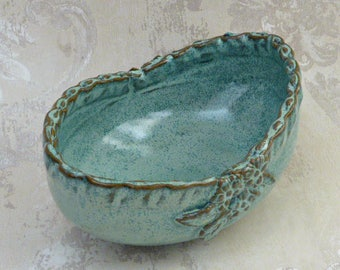 Decorative Oval Serving Bowl in Speckled Aqua with Botanical Design and Ruffled Rim