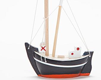 Wooden Boat - Fishing Boat - Trawler / Handmade - Hand Painted - Free Shipping - Free Shipping