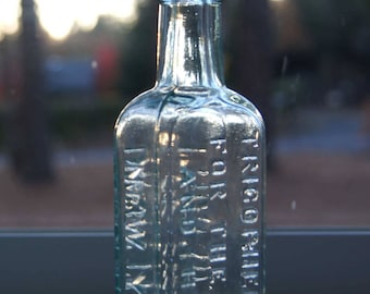 1800's TRICOPHEROUS for the SKIN and HAIR: Barry's New York Medicine Bottle - Original Stopper - Hair Quackery Alcohol & Spanish Fly