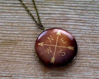 Unisex Locket, Map Locket, Directional Arrow Locket Necklace, Wanderer Locket, Compass Locket, World Traveler, Locket Pendant, Men's Locket