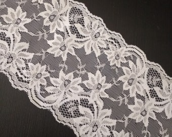 Wide floral net lace off white