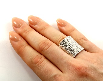 Vintage Large Textured Ring 925 Sterling Silver RG 591-E