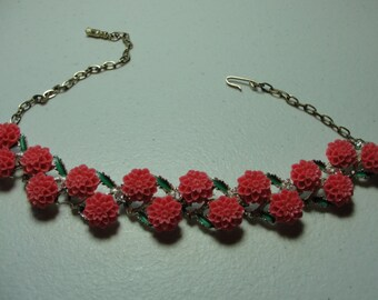 Vintage recycled coro necklace with coral cabachons..