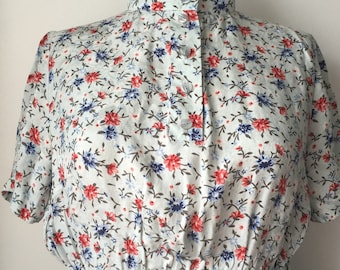 Floral Vintage day dress in Blue and Red