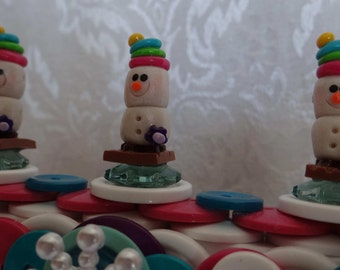 S'MORE SNOWMEN FRAME! Polymer Clay Marshmallow Snowmen! New and Vintage Buttons! Purple*Pink*White*Green*Aqua! Snowflakes! Yummy Cute!