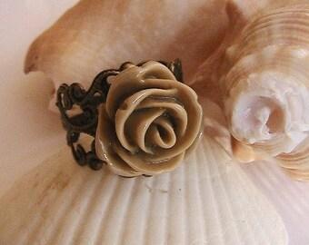 Antique Rosette marron, bague moutarde, bague fleur, Cabochon en Rosette, Bague Rose Cabochon, romantique, Antique, Vintage, brun chocolat