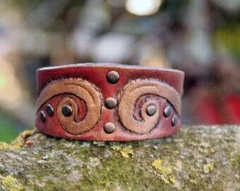Chimera - leather armband