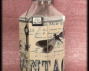 "Vintage ""the garden"" style decanter"