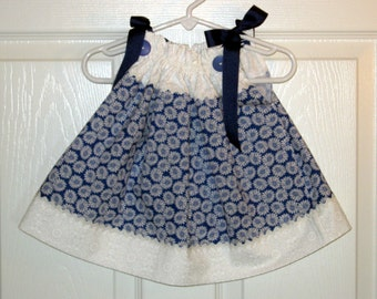 White Daisy Print Pillowcase Dress - 3 to 6 mth old - clearance 8.00