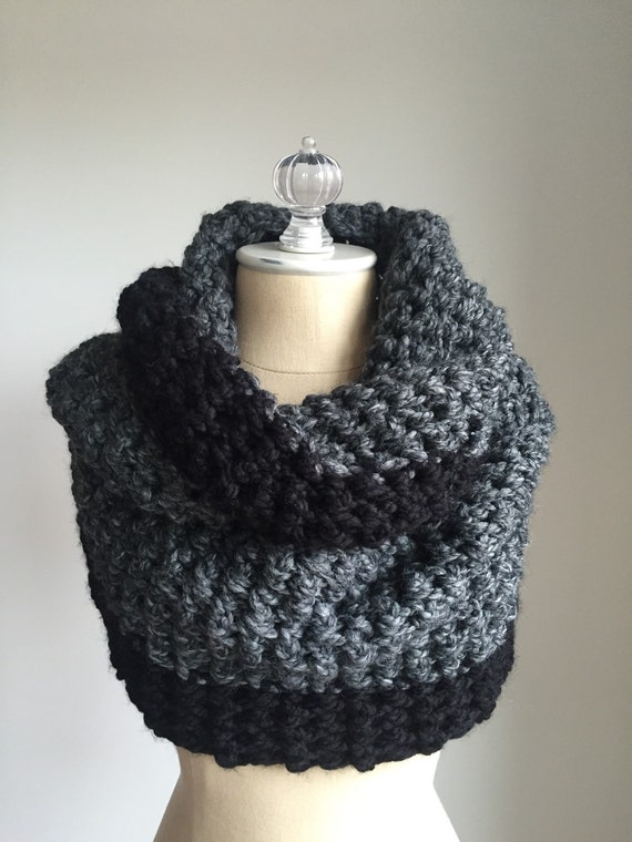 Chunky Knit Infinify Scarf | Colorblock Style # 1010