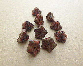 Set of 10 flowers Daisy 9 x 6 mm picasso red - VPFL96-0710