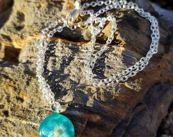 April Flowers Pendant Necklace  / minimalist  / gift idea / nature / flower