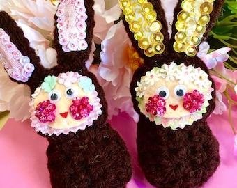 1 Crochet Chocolate Peep, Beaded Bunnies with Matching Plastic Egg, Easter Bunny Decoration, Basket Bunnies