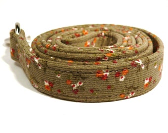 Khaki dog leash - Corduroy pet lead - Floral dog leash - Baby corduroy - Khaki floral corduroy dog leash