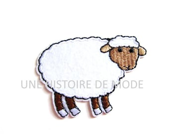 Shield patch Thermo sheep to sew or iron 62 x 43 mm