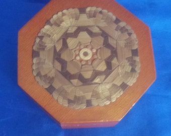 Wooden Polygon Box, with a Reed/Raffia Design on the top