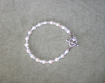 Pearl Bracelet with Sterling Silver Toggle