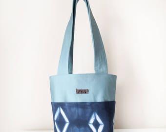 Women's Handbag / Shoulder Tote Bag with Front Pocket and Zip in Blue