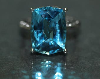 14k White Gold natural Checkerboard cut Swiss Blue Topaz Solitaire Ring 12.35ct