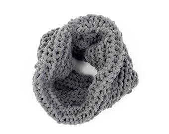 Cosy chunky snood, knit snood, soft winter scarf, wrap scarf, unisex snood, circle scarf, cozy wrap