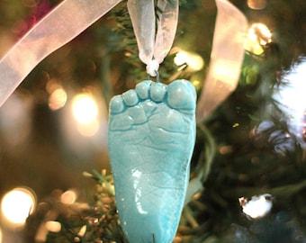 Enfant en bas âge empreinte de la main ou empreinte ornement - premier ornement - décoration de souvenir bébé personnalisé - cadeau pour enfant - bébé = empreinte