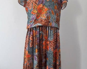 1980s Vintage Floral and Pleated Dress