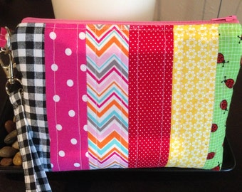 Wristlet, Quilted, Scraps, Make-up Bag, Purse, Cosmetic Bag, Organizer, Bright Colors