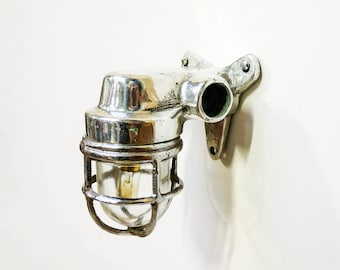 Small wall light « loupiote »