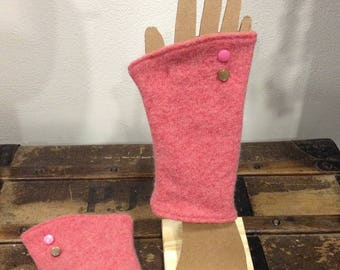 Coral pink mittens wool and cashmere