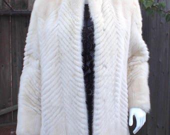 Outstanding Genuine Off-White Ivory Creamy Mink Fur Sculptured Stroller Jacket Coat Size S+/M