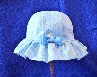 Baby Sun Hat Light Blue with Light Green and Bow in the Back