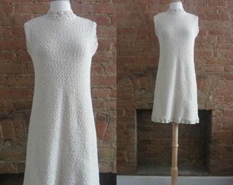 1960s cream crochet knit dress | 60's Boho Hippie | S to M | Noix de Coco