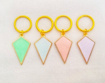Pastel Stitch Markers// Triangle Progress Keepers// Gold Knitting Markers